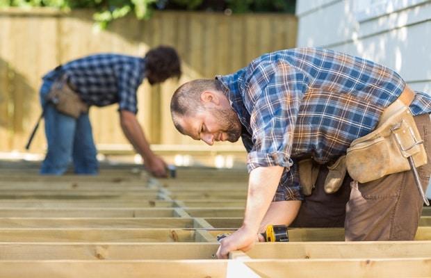 Houten terras aanleggen opbouw en werkwijze - Een terras aan het plannen ...